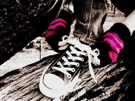 imagenes de zapatillas emo emo converse by lucybabe8 on deviantart