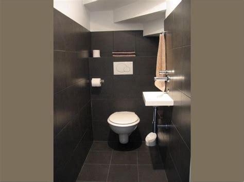 Re Escalier 264 by D 233 Co Toilettes Sous Escalier