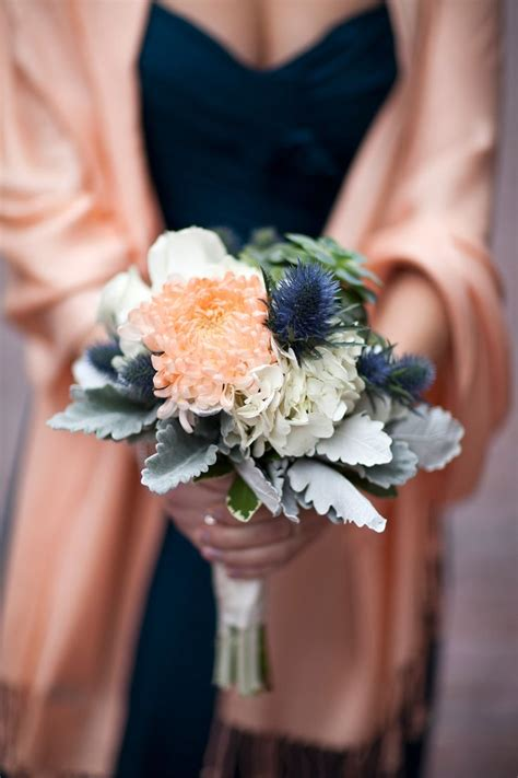 Flowers To Go by 1000 Ideas About Navy Wedding Flowers On Navy