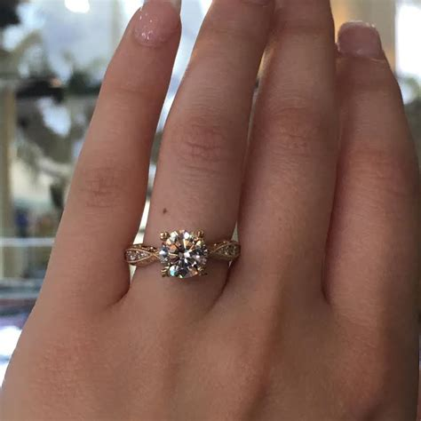 tacori engagement rings gold diamond twist setting