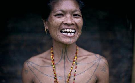 arti tato mentawai 12 tradisi unik yang hanya bisa ditemukan di indonesia