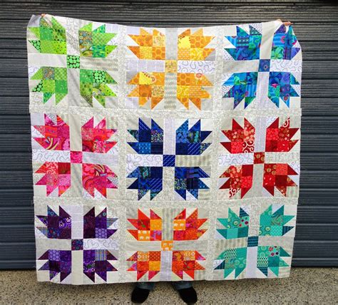 Paw Quilt Pattern Free by Wendy S Quilts And More Scrappy Paw Quilt