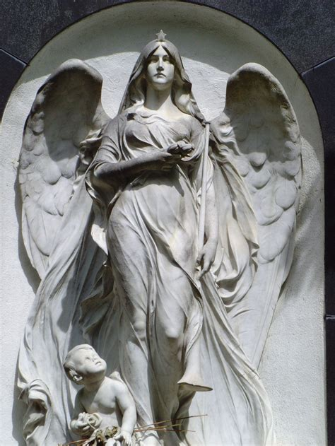 angel sculptures angel statue google search pinteres
