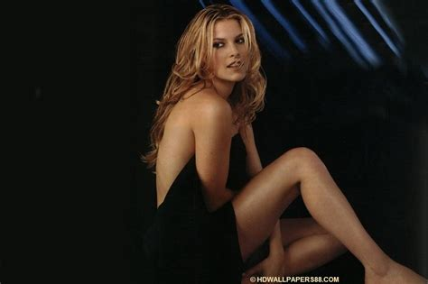 hollywood actress full images latest hollywood actress ali larter full hd wallpapers