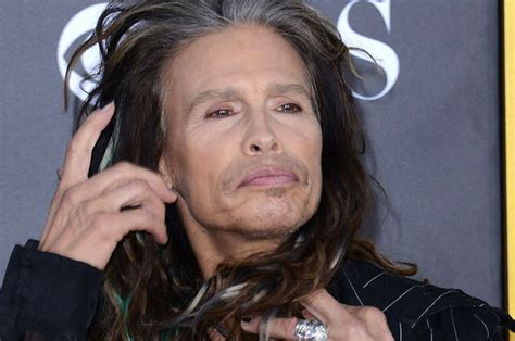 how cool is your grandmother test 21 photos that prove steven tyler is the coolest grandma ever
