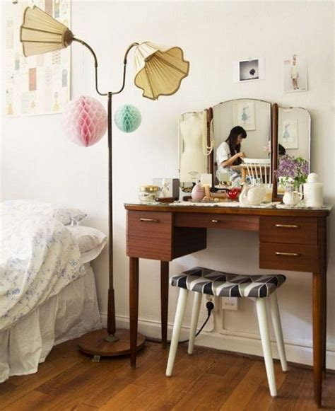 Bohemian Vanity by 17 Best Images About Bohemian Makeup Storage On
