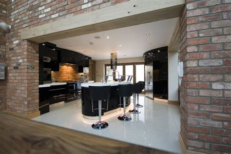 Kitchen Collection Locations high gloss black