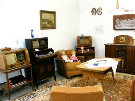 wohnzimmer 50er ausstellung radio und telefonmuseum