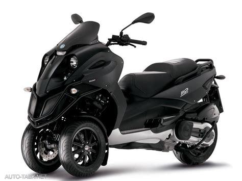cars and motorcycles piaggio mp3 from vespa