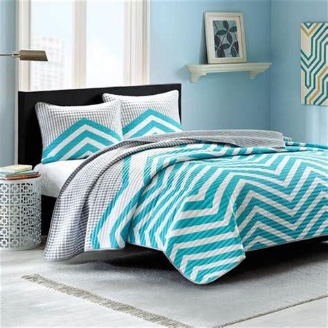 Aqua Bed Quilt Aqua Bedding Comforter Sets And Quilts Sale Ease Bedding