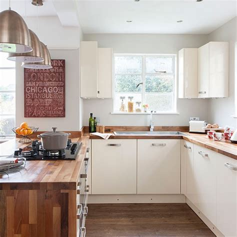 Cream and woodblock worktop kitchen   Kitchen decorating