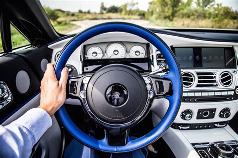 rolls royce steering wheel review 2017 rolls royce canadian auto review