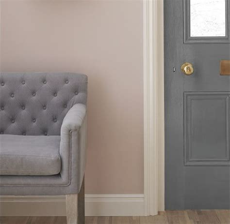 Set Ananti Pink Dusty i using light grey to create a peaceful calming setting and then use dusty pink as an