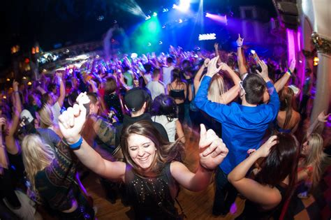 things to do on new year new year s 2017 chicago events and things to do