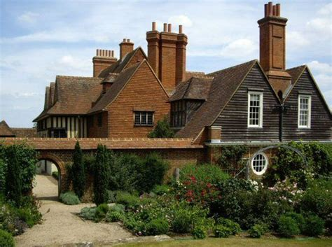sir edwin lutyens the arts crafts houses books traditional architecture