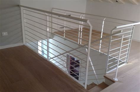 corrimano per scale in legno massello prezzo corrimano per scale interne in legno corrimano inox