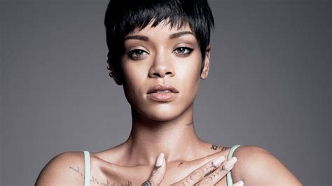iphone wallpaper hd rihanna wallpaper rihanna vogue tattoo hd celebrities 2630