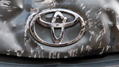 Unintended Acceleration Toyota S Recall Crisis Toyota Quot Unintended Acceleration Quot Has Killed 89 Cbs News