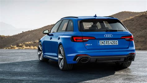 i don t ask for much but the 2018 audi rs4 avant in