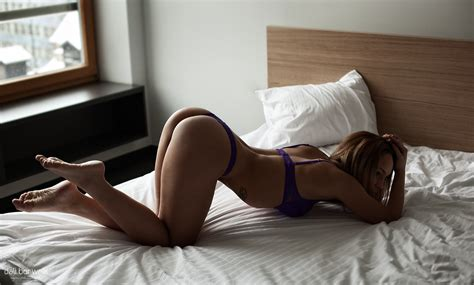 bent over bed brunette babe bend women brunette in bed kneeling bent over ass