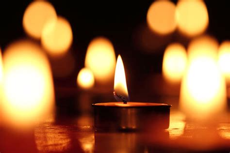 significato dei colori delle candele candele colorate magiche e fai da te ecco cosa sapere