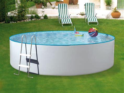 Pool Halb Eingelassen by Hilfreiche Ratschl 228 Ge F 252 R Gartenpools Holzprofi24 Magazin