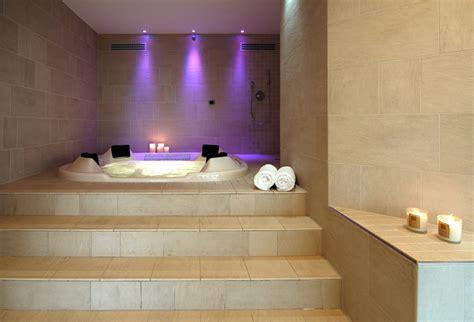 bagni moderni con vasca idromassaggio san valentino all insegna wellness a treviso inside