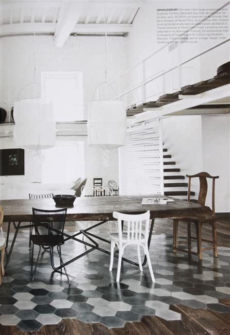 sol carreau de ciment 818 studio karin ett fantastiskt hem i vintage modern mix