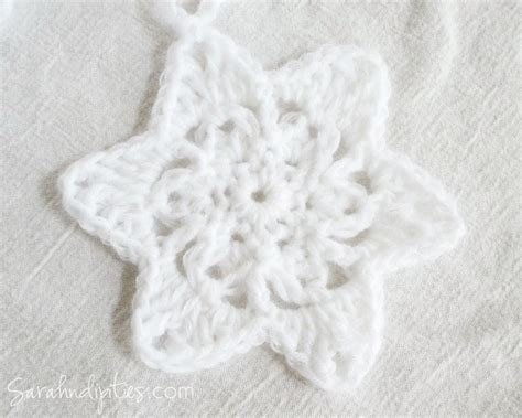 crochet snowflake pattern worsted weight yarn things to make crochet snowflake star garland free