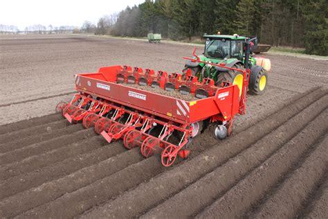 Grimme Potato Planter by Gl860 8 Row Cup Planter Grimme Skandinavien A S