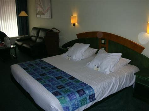 uncomfortable pillows picture of hotel lido mons