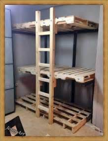 Loft Beds Made Out Of Pallets Bunkbed Built With Palletsdiy Pallet Furniture