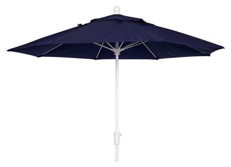 7 5 Ft Wind Resistant Patio Umbrella W Tilt Chagne Best Patio Umbrella For Wind