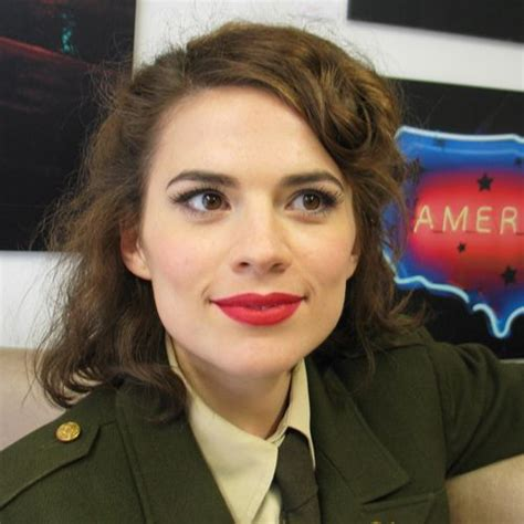 agent carter hairstyle hayley atwell reveals plans for peggy carter one shot
