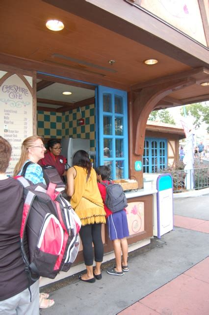 Cheshire Cafe Fantasyland Magic Kingdom Vacation Pictures ... Cheshire