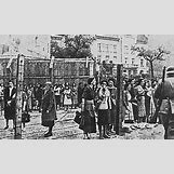 Jewish Ghettos During The Holocaust | 300 x 180 jpeg 22kB