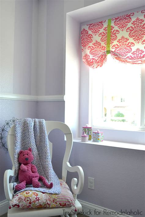 l shades for girls bedroom remodelaholic easy no sew window valance from a crib sheet