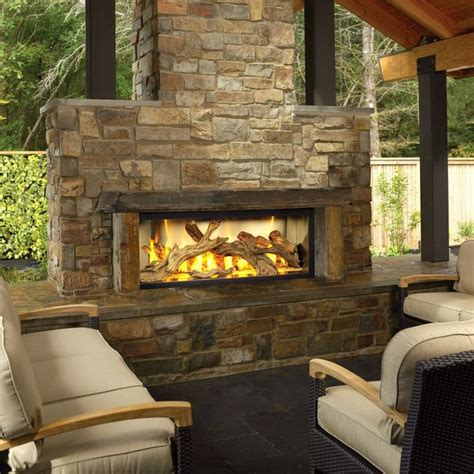 Outside Fireplace by 17 Best Ideas About Outdoor Fireplaces On