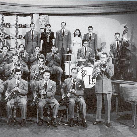 swing music 1940s 8tracks radio the greatest swing music from 1940s 8