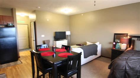 2 bedroom apartment 1 2 block from lincoln rd 12 2 bedroom apartments lincoln ne jonlou home