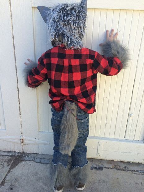 werewolf costume  simple animatronic wagging tail