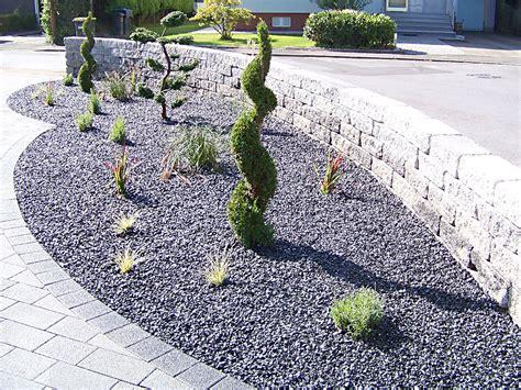 Vorgärten Mit Steinen by Beet Mit Steinen Siddhimind Info