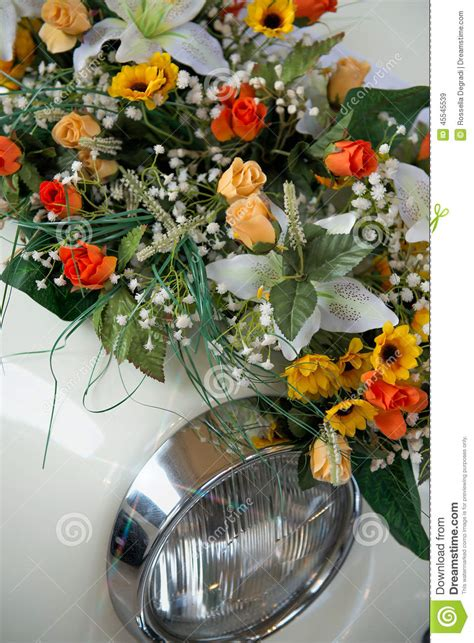 Wedding Car Bouquet by Bouquet Wedding Car Stock Illustration Image 45545539