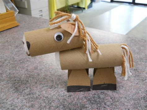 how to make animals out of pony 60 animal themed toilet paper roll crafts hative