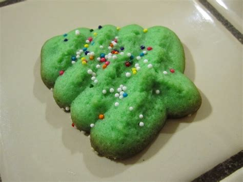yum vintage christmas tree cookie recipe