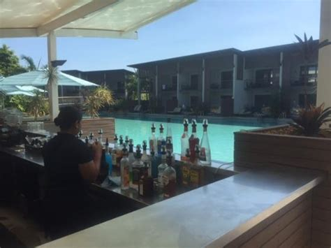skycity darwin lagoon room swim up bar picture of skycity darwin darwin tripadvisor