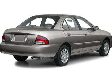 2001 Nissan Sentra Pictures