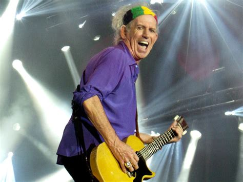 Keith Richards I Snorted My by Robbie Williams Felt The Need To Live Tweet His S
