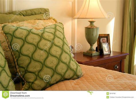 cuscini decorativi letto da letto cuscini lada tabella fotografia