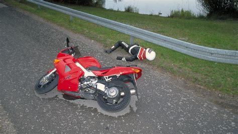 Unfallstatistik Motorrad Marken by 8 3 Prozent Weniger Verkehrstote Auf Zweir 228 Dern Im Jahr